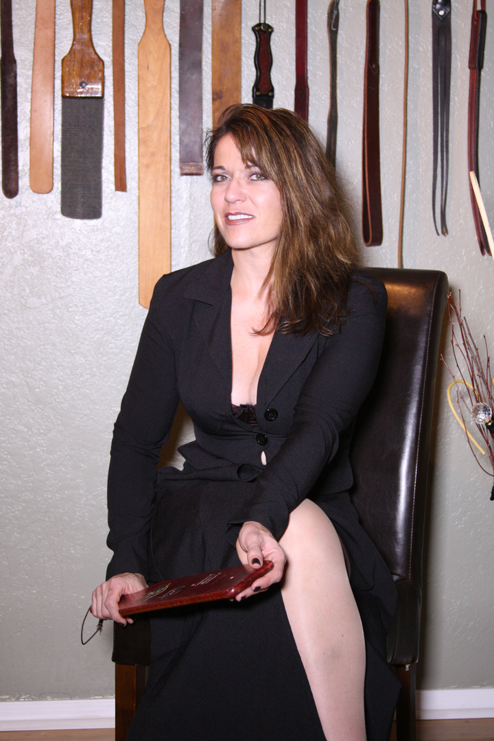lady Bridget spanking dominatrix